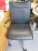 Dauphin modern office swivel chair