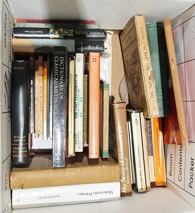 Quantity of bookson various subjects, to include history, topography, collecting, Polish history,