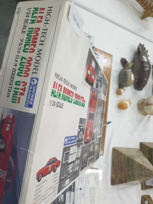 Assorted model kit carsto include Tamiya, Porsche 910, Carrera 10, 1:12 identical scale and two - Image 3 of 6