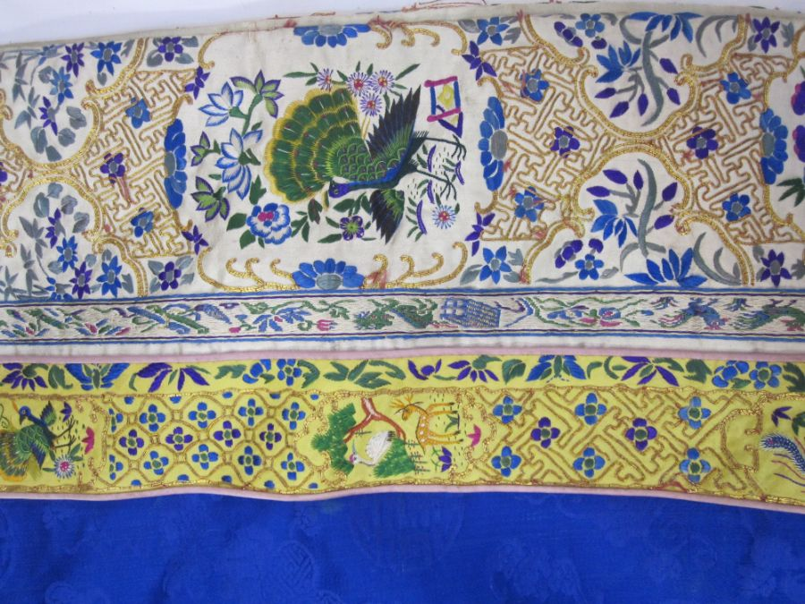 Chinese embroidered silk robe, brass button with relief pattern and silk loop fastenings, borders - Image 18 of 18