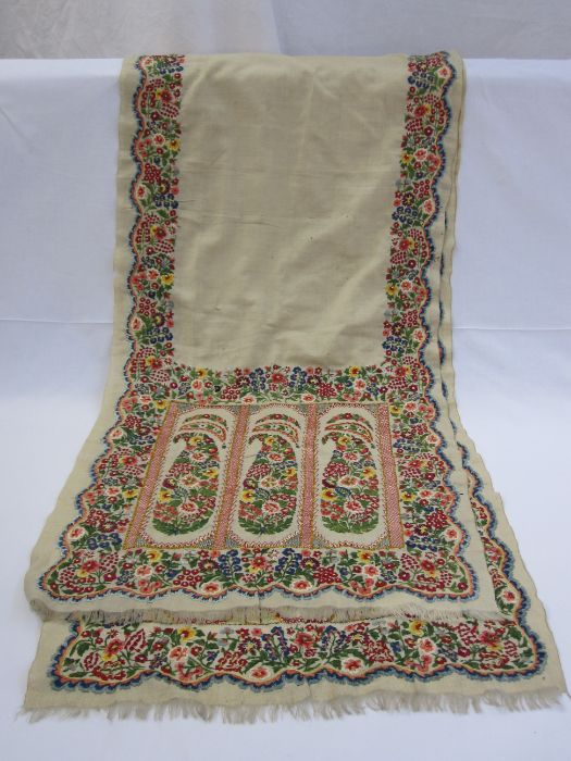 Embroidered shawlin linen, unbacked, bright colours (some holes in the fabric, the embroidery on