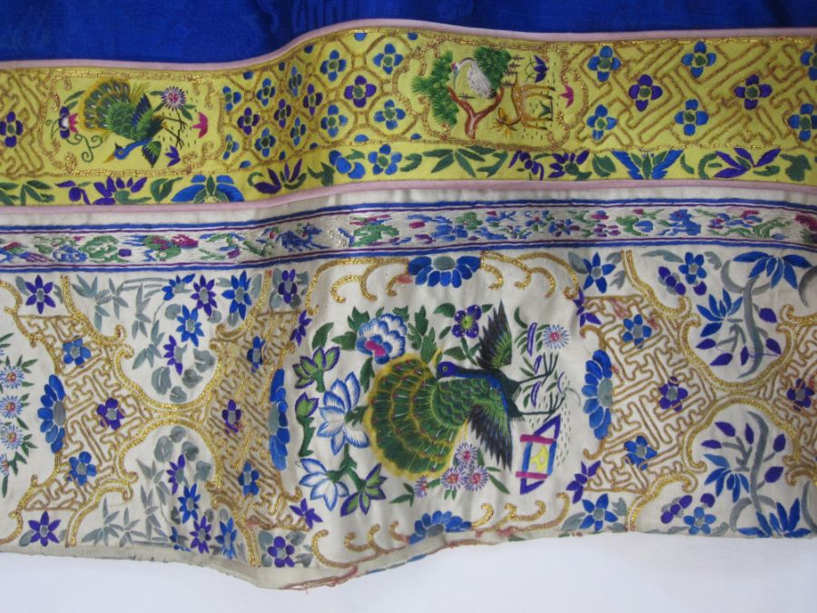 Chinese embroidered silk robe, brass button with relief pattern and silk loop fastenings, borders - Image 17 of 18