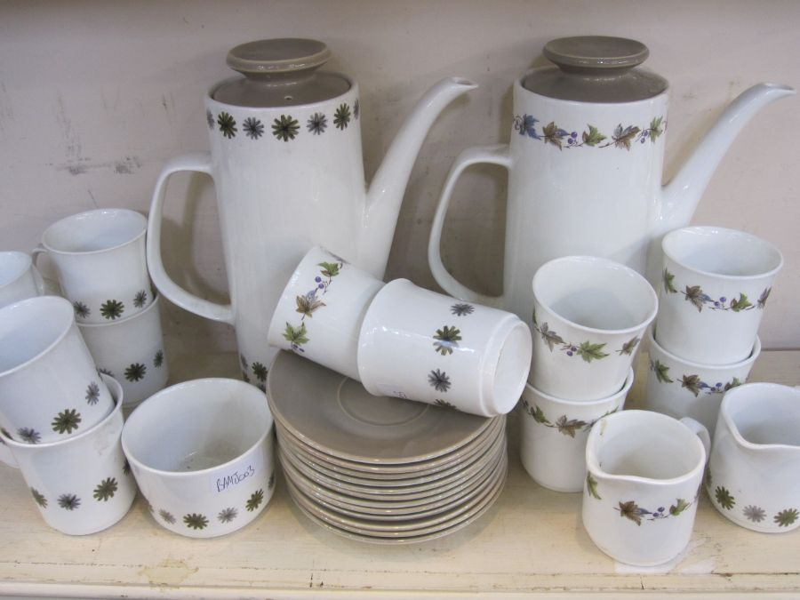 Meakin studio pottery part coffee service, a quantity of Midwinter-style craft plates, fashion shape