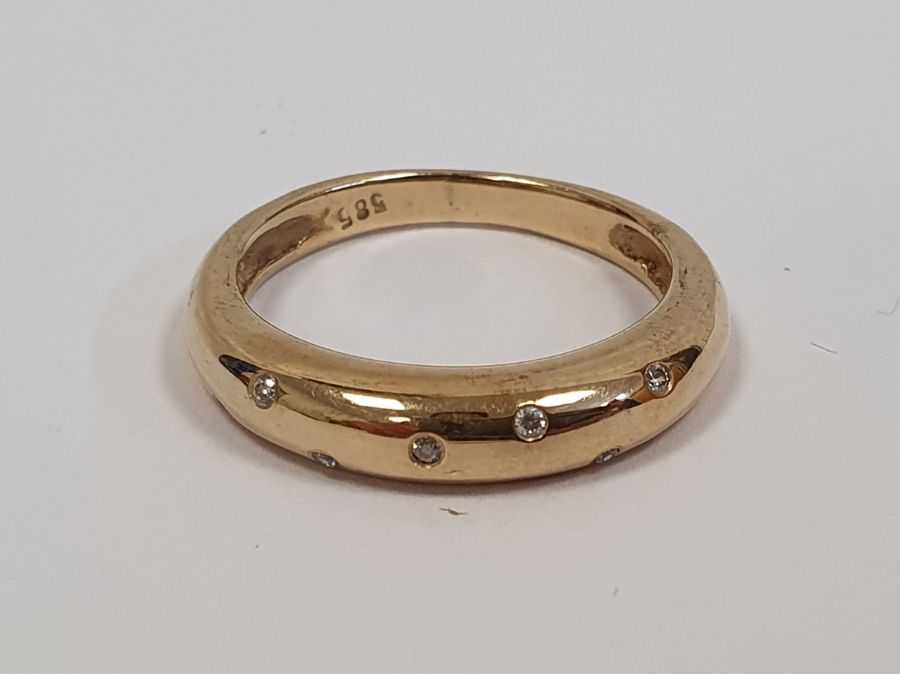 Gold ringset with seven small diamonds in rubover setting, marked 585, finger size P1/2, approx. - Image 4 of 5