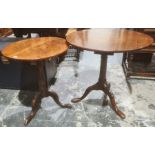 Circular mahogany occasional table on birdcage turned pedestal, three ogee supports and one