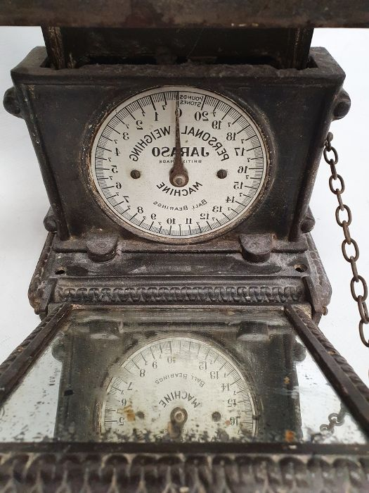Cast iron, Jarosa, personal weighing scales - Image 2 of 3