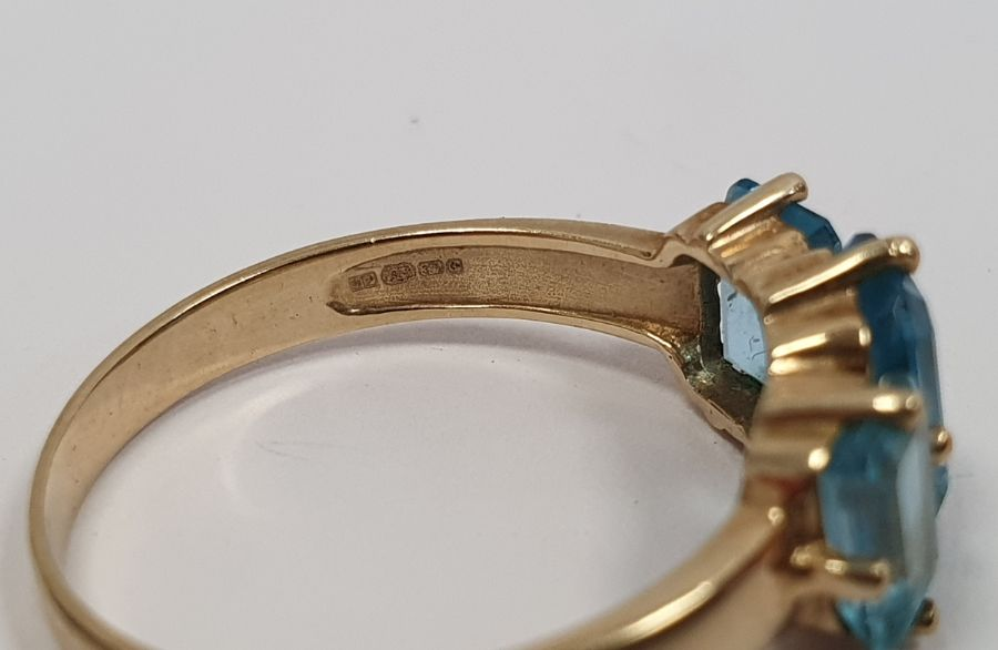 WITHDRAWN - 9ct gold and turquoise three stone set ring, 2g approx.,a 9ct gold heart-shaped engraved - Image 3 of 4