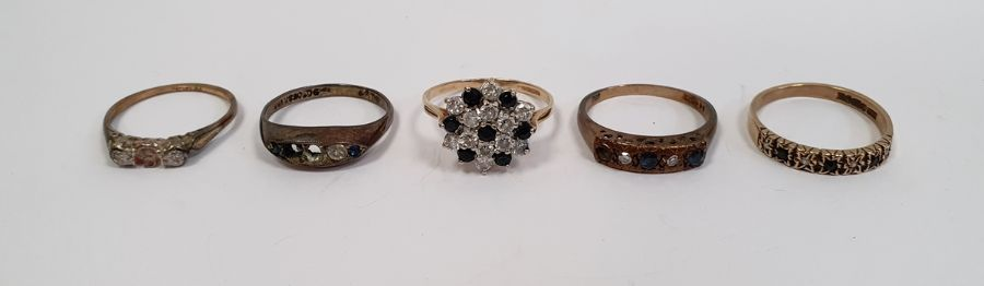 9ct gold half eternity ring set blue and white stones, 9ct gold ring set five blue and white