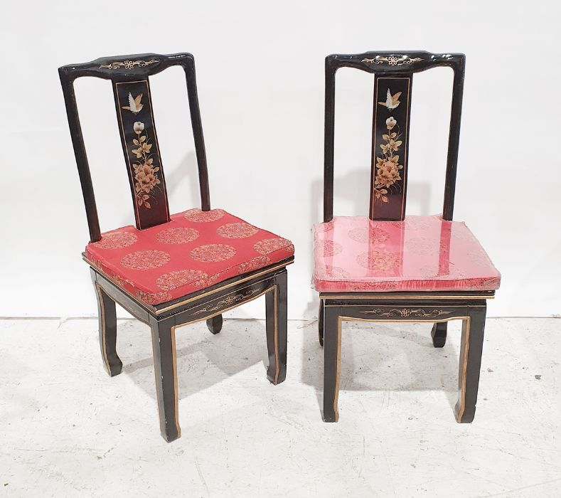 Chinese style dining table and four chairs(5) - Image 3 of 3