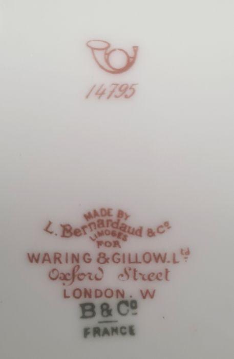 Limoges part dinner serviceby L Bernardaud & Co for Waring & Gillow of London, comprising 19 dinner - Image 5 of 5