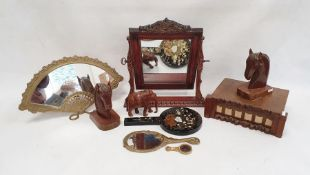 Quantity of vintage combs, a pair of carved wooden bookendsmodelled as horses, hand mirrors, a