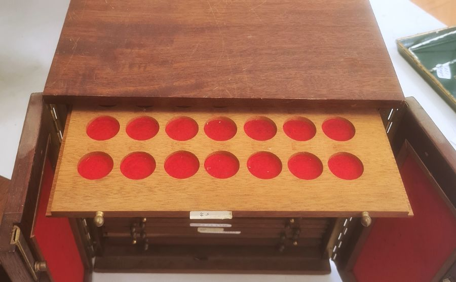 Two coin collector's cabinets each with a pair of doors enclosing assorted coin drawers (2) - Image 3 of 5