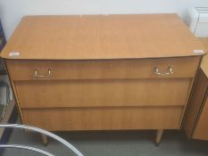 Avalon Yatton oak bedroom suite to include chest of three drawers, dressing table and wardrobe