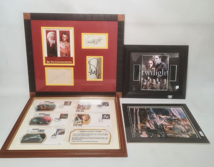 Printed Twilight photo with signatures, with certificate of authenticity to reverse 'This is to