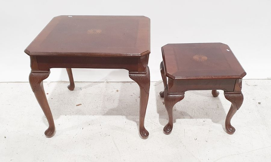 Two modern mahogany coffee tables on cabriole legs (2)