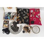 Assorted costume jewellery, brooches, necklaces, bangles, beaded necklaces etc (1 box)