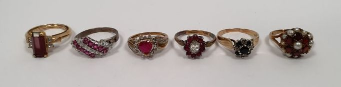 9ct gold garnet and pearl cluster ring(one pearl missing), 9ct gold sapphire and white stone