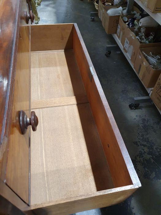 19th century mahogany linen press, two flame mahogany doors enclosing linen press drawers, base - Image 19 of 21