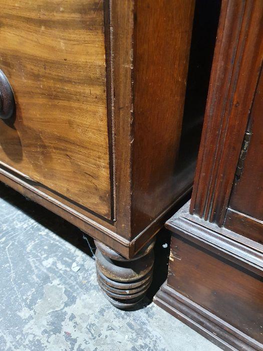 19th century mahogany linen press, two flame mahogany doors enclosing linen press drawers, base - Image 14 of 21