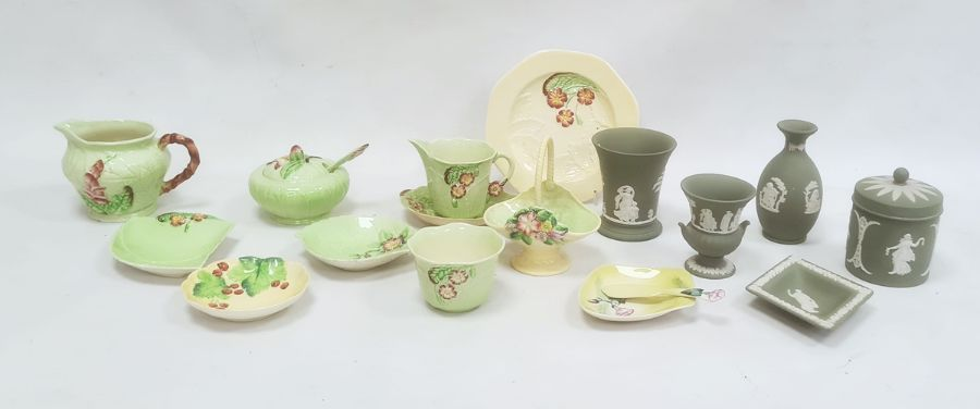 Quantity of Carlton ware chinaincluding a preserve pot and cover, two jugs, dishes, etc, all with