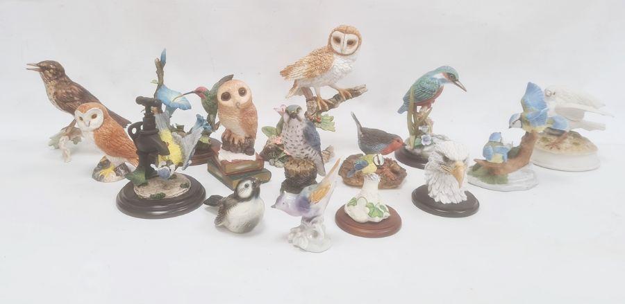 Large quantity of bird ornamentsincluding a Beswick model of a barn owl, 11.5cm high, a Goebel