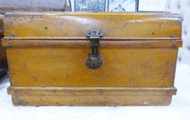 Vintage tin trunk, 70cm wide x 50cm deep x 41cm high