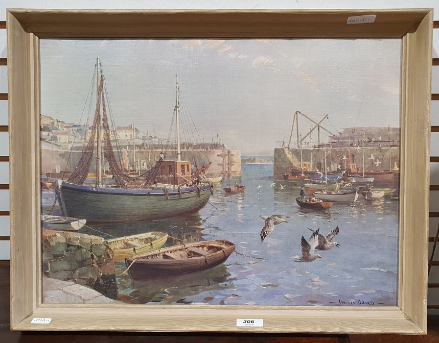 Oval mirror anda convex circular mirrorin gilt frames and two framed prints of harbour scenes - Image 2 of 4