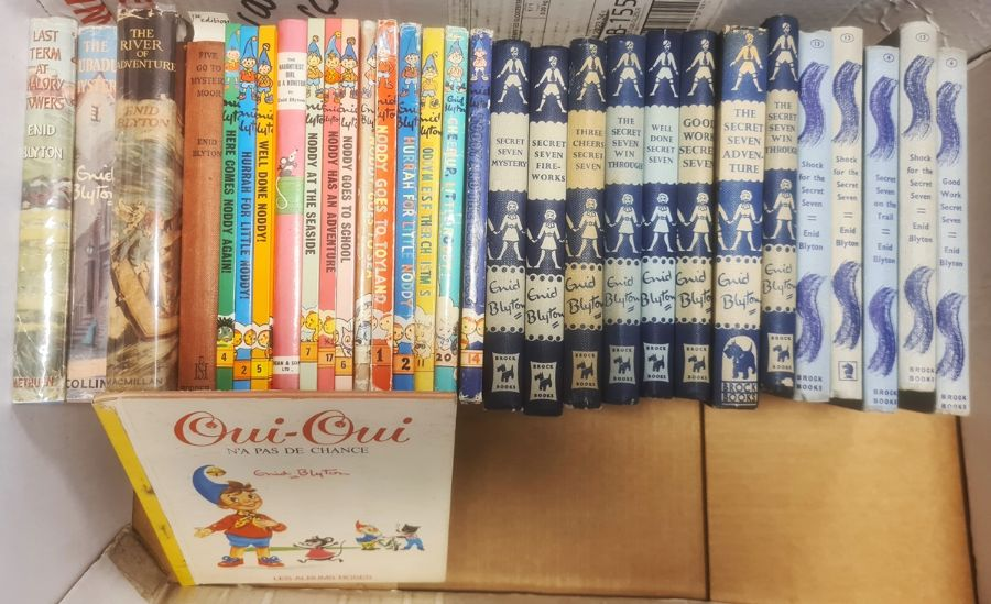 """Blyton, Enid Assorted volumesto include """"The Secret Seven"""" reprints with dj, """"The Ship of"""