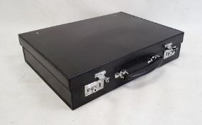 Black leather briefcase Condition Report46 x 33 x10 cm approx. various scuffs, marks, dirty marks,