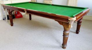 Vintage Riley snooker / pool table, the slate bed with green baize, on turned supports, with