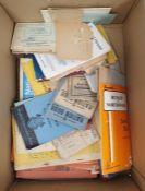 Quantity ofmagazinesandother ephemeraincludingcigarette cards(1 box)