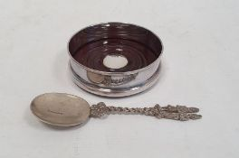 Late 20th century silver-mounted and wooden turned wine coaster, Sheffield 1994, 11cm diameter