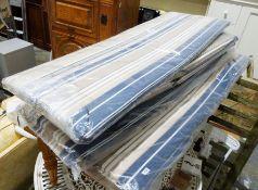 Five garden seat cushions (5)