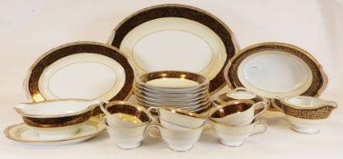 """Noritake """"Goldleaf"""" part-dinner service together with a Noritake """"Blue Haven"""" part-dinner service (3"""
