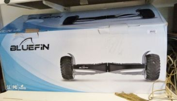 Blue Fin all-terrain hoverboard / segway