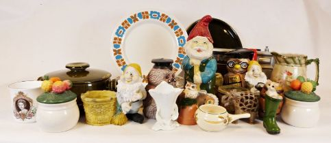 Sadler Onion pot, a quantity of Royal Vale ceramics together with various china, glassware and