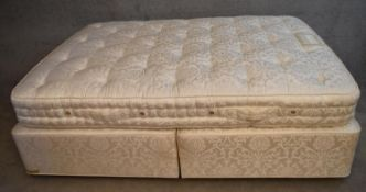 A VI-SPRING divan set. Baronet Supreme. (mattress 4ft 6 inches in very good clean condition) H.