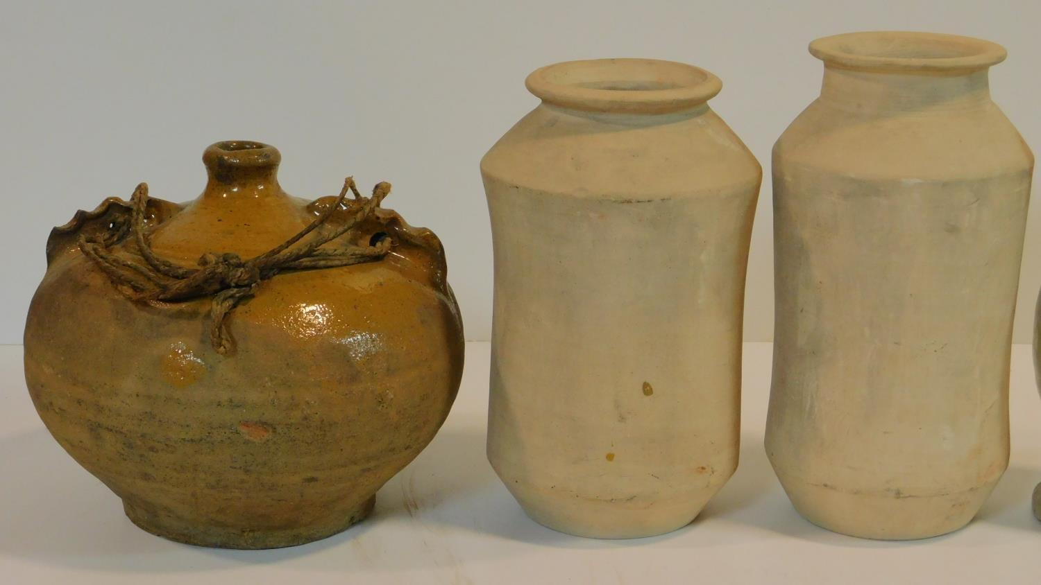 A miscellaneous collection of studio pottery, various jars, a bowl, ceramic chicken and a - Image 2 of 6