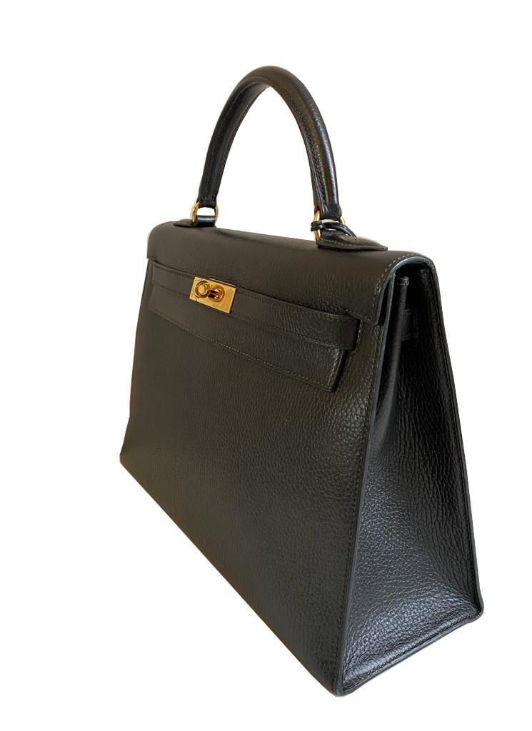 A black Hermes Kelly in Evergrain leather with gold hardware, includes Dustbag, Key (no lock), - Image 2 of 9