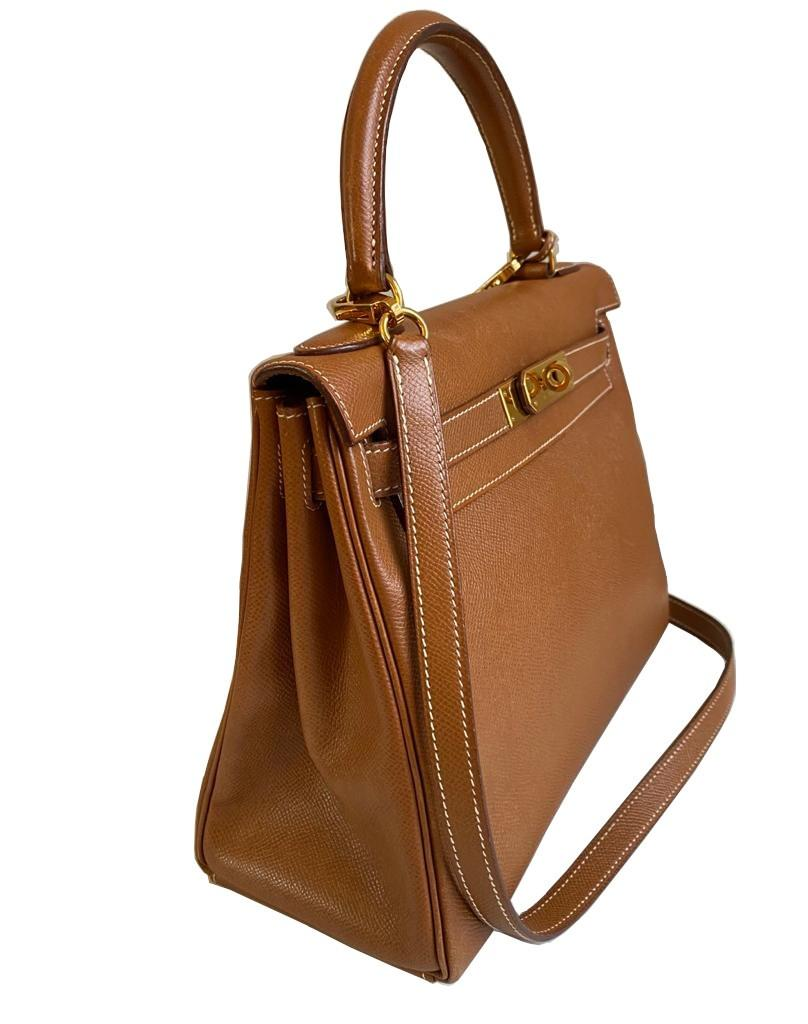 A gold Hermes Kelly in Courcheval leather with gold hardware, including Strap, Key, Lock and - Image 3 of 11