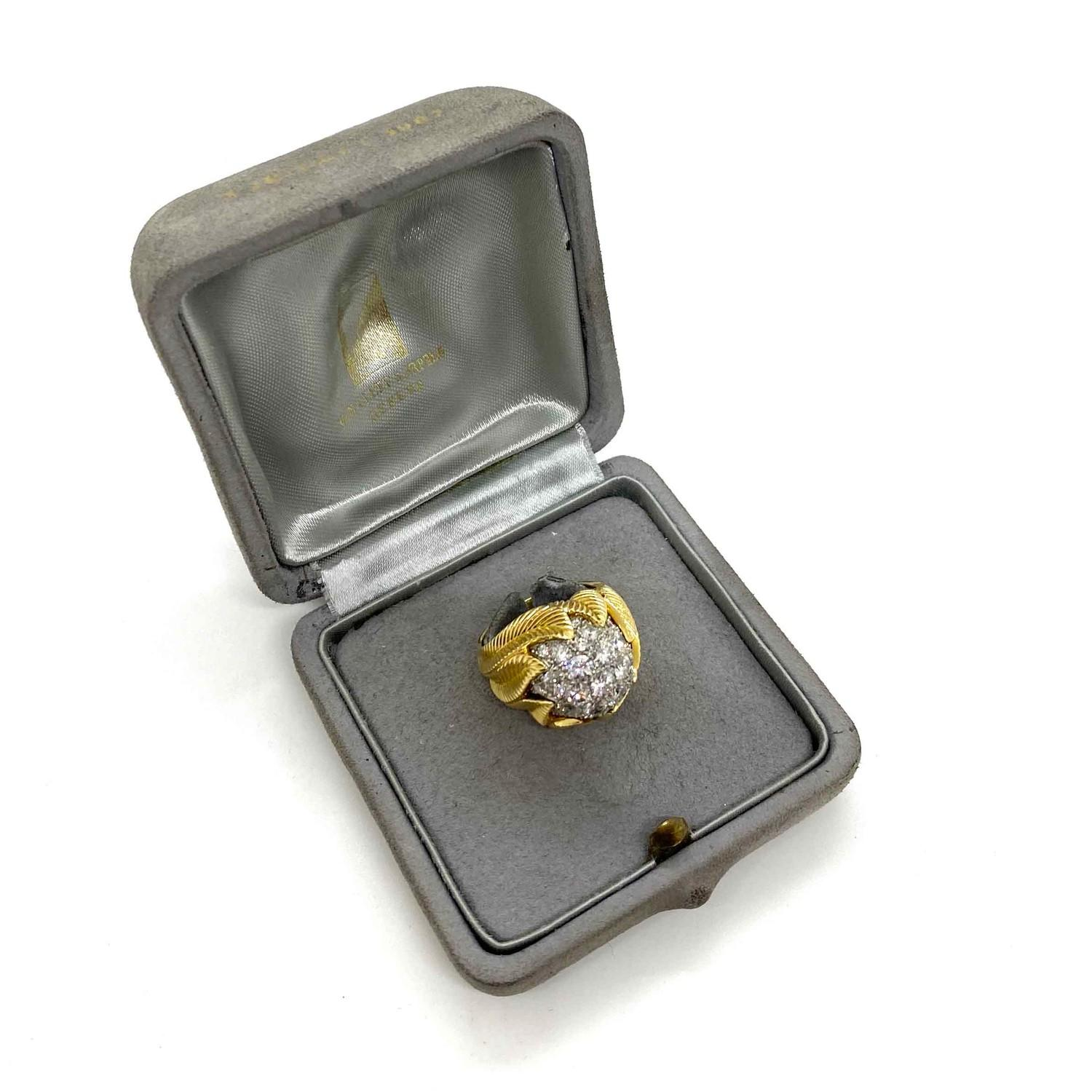 A Van Cleef & Aprel Cocktail Ring with a Pave set diamond flame ring mounted in an intricate - Image 2 of 7