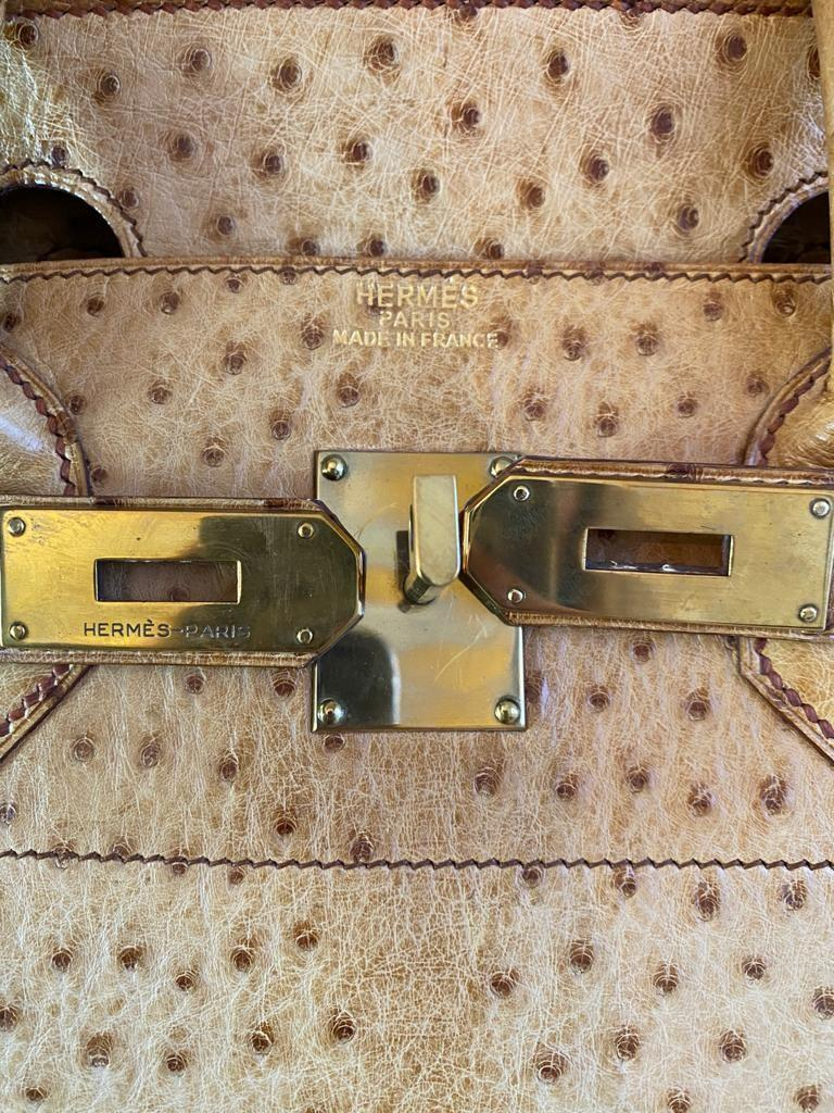 A gold Hermes Birkin Haut à Courroies (HAC) in ostrich leather with gold hardware, includes brown - Image 5 of 10