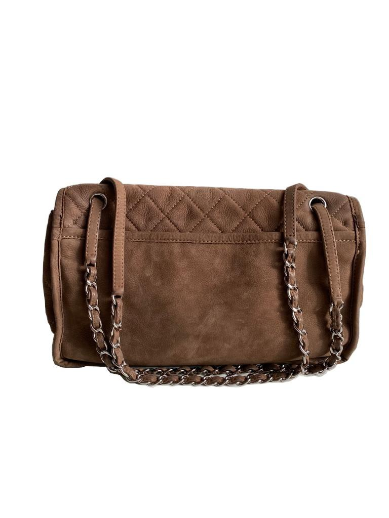 A Chanel Maxi Flap Bag in Nubuck leather (soft suede leather) with Silver Hardware, , exterior - Image 2 of 6
