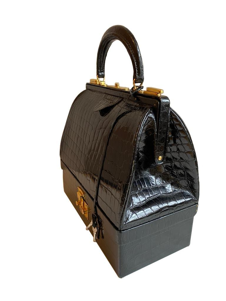 A Hermes Mallet bag in black shiny crocodile with gold hardware, includes Brown Dustbag, Keys & - Image 2 of 9