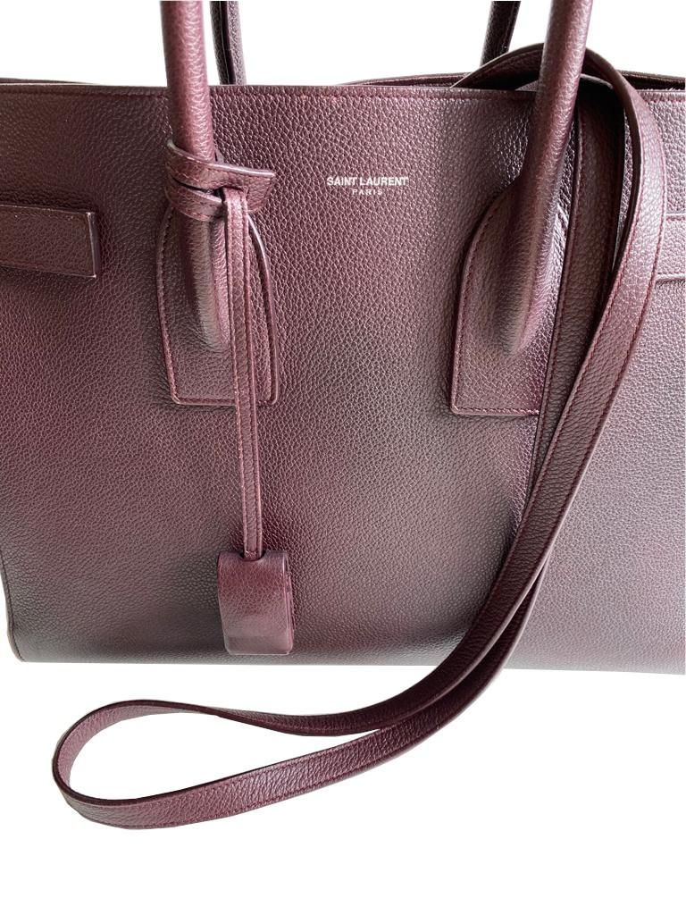 A Saint Laurent Sac De Jour Ox Blood Calf is occasionally considered to be a pale imitation of an - Image 3 of 9