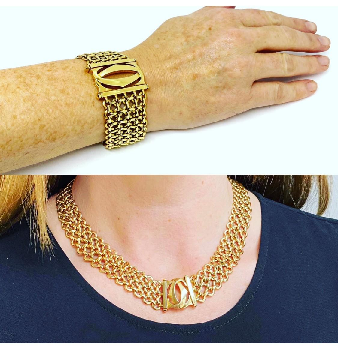 A Vintage Cartier Crossed C's necklace mounted in 18ct yellow gold. Circa 2000 complete with - Image 5 of 5