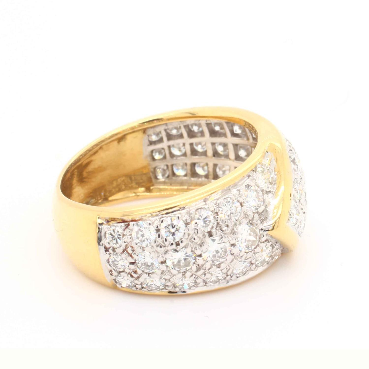 A Graff diamond Ribbon Ring, Contemporary pave set diamond buckle ring mounted in 18ct gold and - Image 3 of 4
