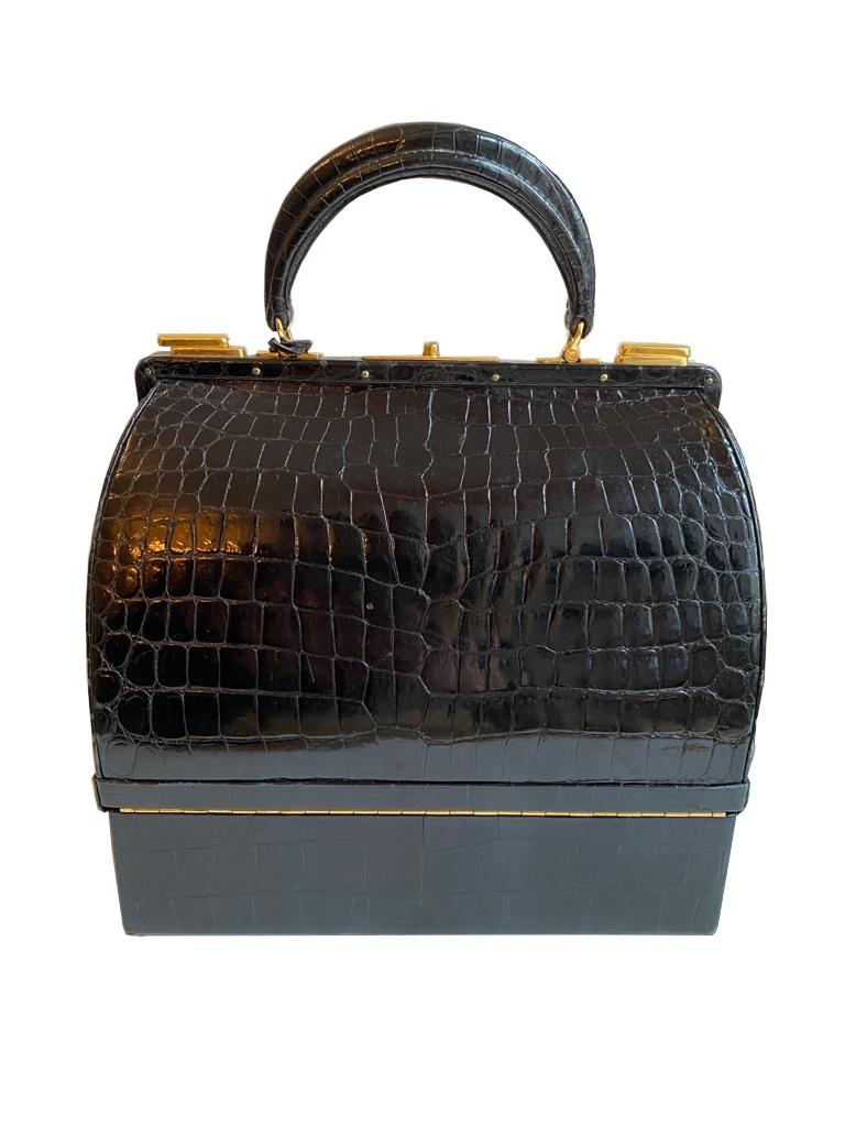 A Hermes Mallet bag in black shiny crocodile with gold hardware, includes Brown Dustbag, Keys & - Image 4 of 9