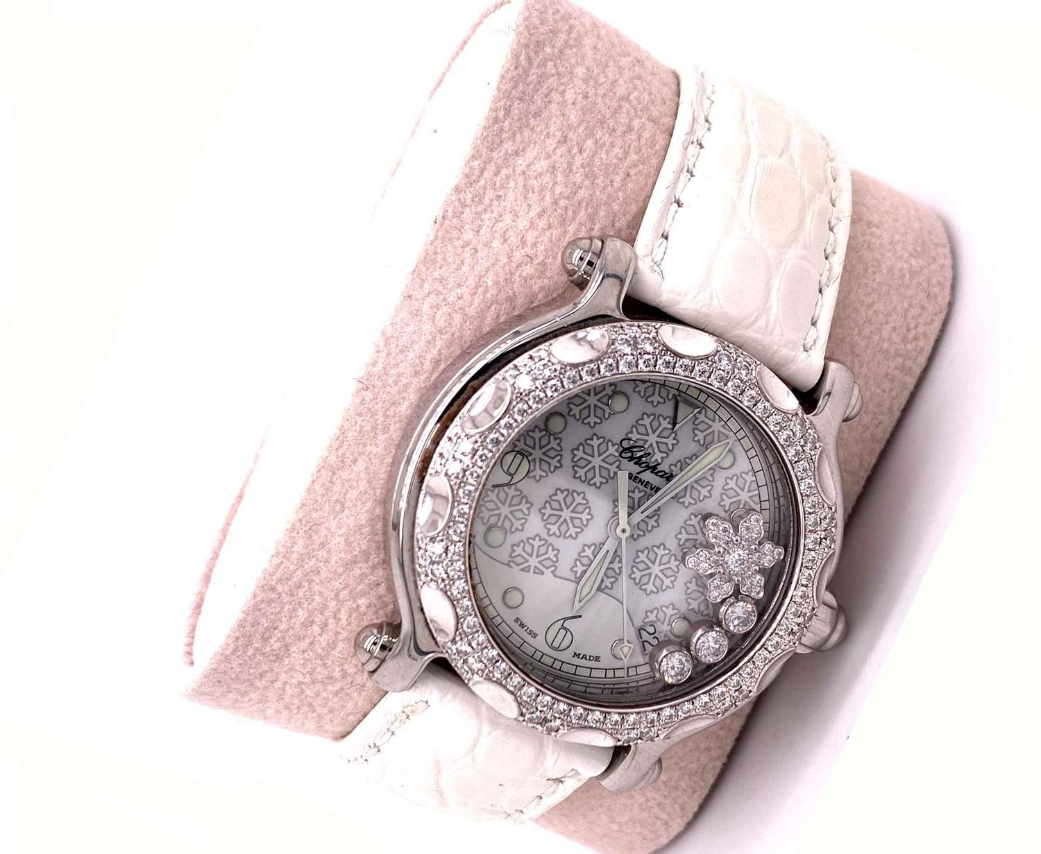 A Chopard Happy Sport Limited edition Diamond Snowflake ladies wristwatch 28/8946 mounted in 18ct - Image 5 of 7