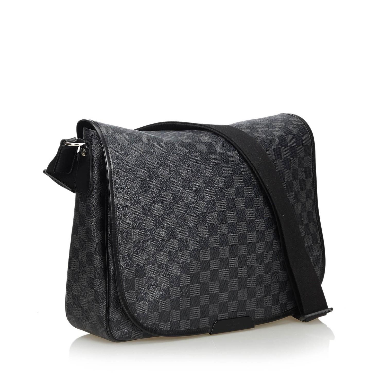 A Louis Vuitton Daniel Messenger Bag Damier Graphite is very resistant to water and scratches, and - Image 2 of 9